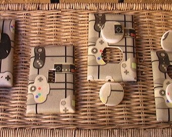 Video Game Controllers Set Switch Plate Single Toggle Cover and 3 Outlets includes child safety plugs