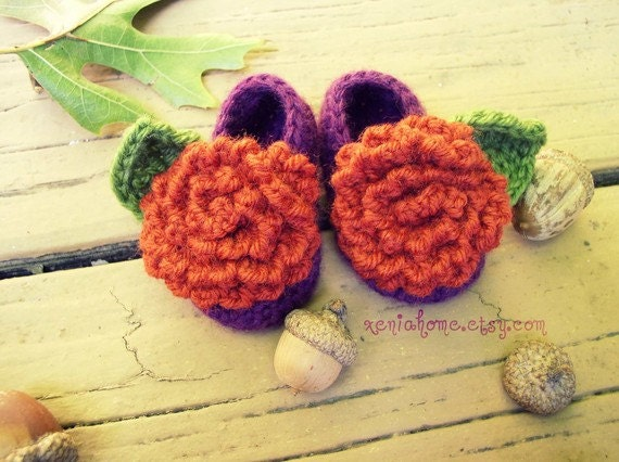 Booties in green with orange flower and leaves 6-9 mo RESERVED