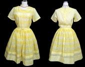 Vintage 50s Dress // 1950s Yellow Eyelet Dress with Belt // Full Skirt Dress