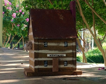 Handmade Bird House - Kentucky Log Cabin - Personalize