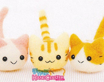 DIY handmade Wool Felt kit Three Little Cat -  Japanese kit package H441-367