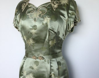 Rockabilly Satin Oriental Vintage Patterned / Unique Green Cream Pin Up Mad Men Style Dress / 50s Wiggle Dress
