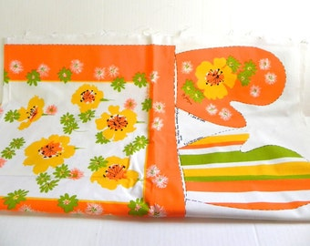 Vintage 60s Mod Kitchen Tea Towel Oven Mitt and Apron Kit orange flowers by Georgia - on sale