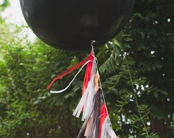 Balloon Tassels: Midnight