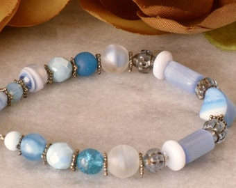 "Blue Beaded Bracelet Aqua Turquoise Stone Glass Beach Ocean 8"""