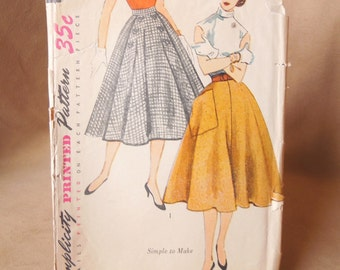 SALE...Vintage 50's Circle Skirt Pattern, Simplicity 3762, Waist 26,  Rockabilly, Mad Men Style