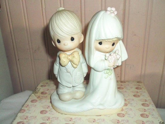 Bride and Groom Figurine - Precious Moments - The Lord Bless You and Keep You - 1979 - Wedding Keepsake