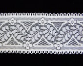 "Bulk 10 yds Vintage Large Lot over 3"" Wide Lace Trim 31 ft long"