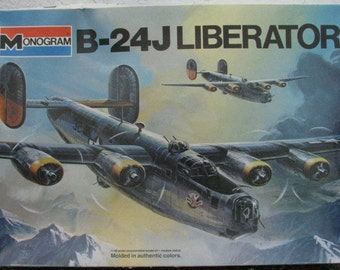 Model Airplane B-24 Liberator 1/48 scale kit Monogram WWII Bomber Army Air Force Aircraft highly detailed interior Crew Combat Military