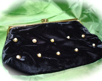 1977 Black Velvet and Faux Pearl Clutch.