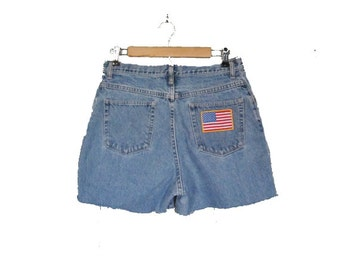 10 DOLLAR Sale  Vintage AMERICAN FLAG Cut Off Denim Shorts - Women Large - Wrangler 80s