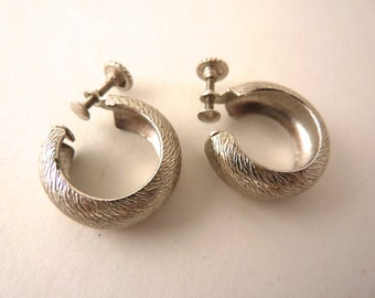 Vintage Silver Hoop Earrings Machine Textured Finish Screw Backs Mid Century Retro Mod Earrings Classic Chunky Silver Hoops