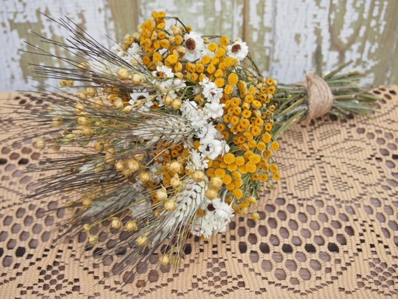 Hippie CHIC WEDDING Bouquet - Dried Flowers are Perfect for Rustic Weddings