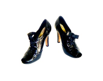 Vintage 90's Patent Leather High Heel Open-Toe Oxford Heels with Bow Laces Size 8.5