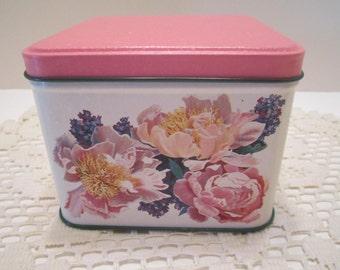 Potpourri Brand Vintage Tin Box Container Designed by Jane Inman 1994 Vintage
