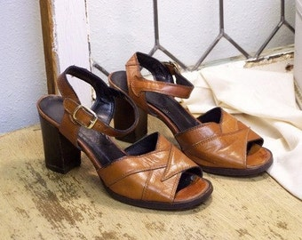 Vintage Dark Tan Leather Sandals