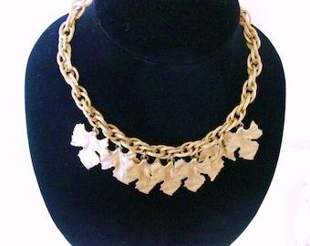 Stunning Goldtone Vintage Leaf Necklace