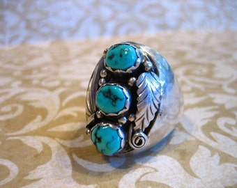Vintage 3 Stone Sterling Silver and Turquoise Southwestern Ring