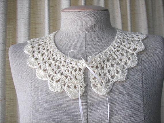 Boutique Crochet Peter Pan Lace Collar Mercerized Cotton in Ivory White / USA