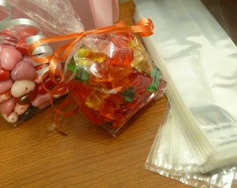 250 clear gusseted candy bags