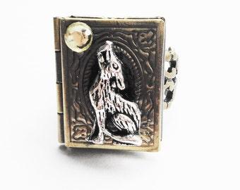 Werewolf Locket Ring