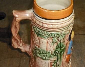 Clearance Vintage Ein Frohes Herz Stein Beer Mug Boy Girl Hold Hands Heilt Allen Schmerz Hand Painted Retro Serving Dish Dining Home Kitchen