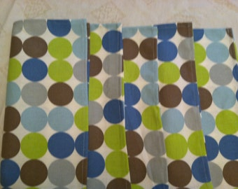 Nap 1600E Large Polka Dot Napkins, Set of 6