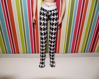 Black and white houndstooth tights leggins for Blythe