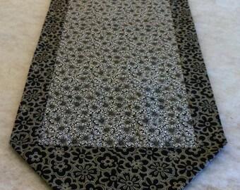 Table Runner Centerpiece Gray Black White Cotton Print