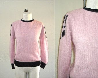 Vintage 50s / 60s sweater SPOTTED SHOULDER pink and black fuzzy - S/M