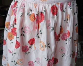 Pink apron, Vintage floral apron, Pink and Orange apron, kitchen apron, vintage  fabric kitchen apron