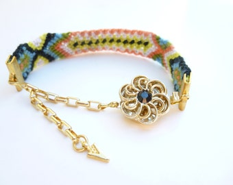 Summer Daisy Bracelet with Swarovski Flower Box Clasp