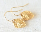 Tiny Detailed Gold Leaf Dangle Earrings - Everyday dainty small jewelry