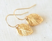 Tiny Detailed Gold Leaf  Earrings - Everyday dainty small jewelry