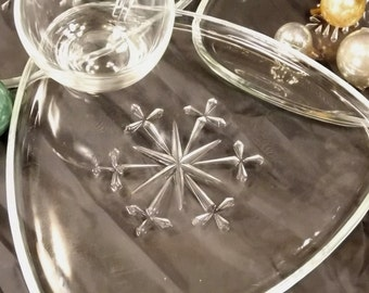Vintage, Triangle Clear Glass Snow Flake pattern, Snack/Luncheon Plates and cups sets of four