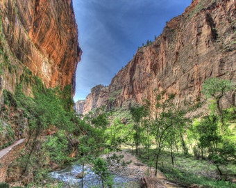 Narrow section of Zion Canyon in Zion National Park, Utah - 16X24 inch print