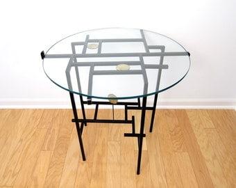 Modernist Brutalist Studio Metal End Table - Paul Evans / Bertoia Era Metal Art - Mid-Century Modern Side Lamp Occasional Table
