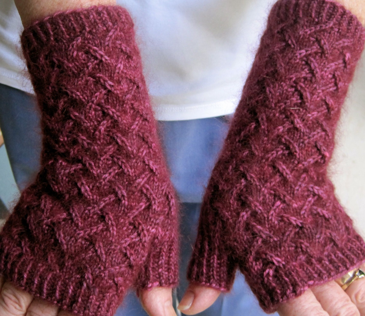 Knit Fingerless Mitts Pattern: Fuzzy Zig Zag Lace Fingerless