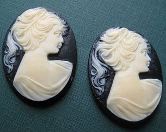 Vintage Cameos Black and Ivory Resin lot of 2
