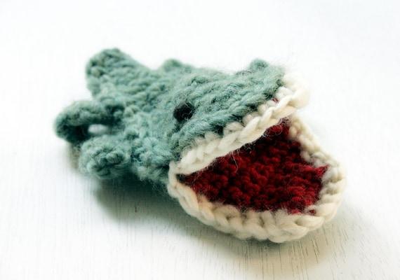 Pattern Crochet Finger puppet - Crocodile