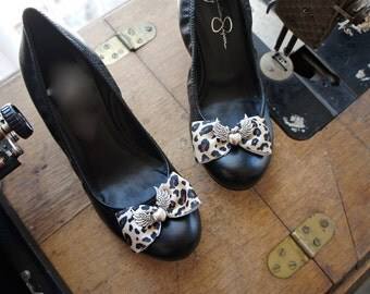 Olivia Paige - Glamour punk rock leopard Heart with wings Shoe CLips
