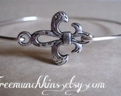 Fleur De Lis Bangle Bracelet, French Stacking Bracelet, Paris Wire Bracelet, Minimalist, Layering Bracelet