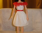 White dress with ruffled red lace collar for Fashion Dolls - ed392