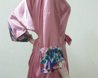 SALE Silk Satin Kimono Robe in pink Short Kimono Gift for Her Bridesmaid Robes Wedding Robes Loungwear , silk dressing gown, bridal robes