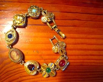 Fabulous Signed GOLDETTE Embossed & Filigree Gold Plate Vintage VICTORIAN CHARM 9-Charm Link Bracelet W/Embellishments