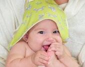 Baby Hooded Towel - Organic Baby - Eco Friendly - Organic Cotton - Gray Fox - Woodland - Green