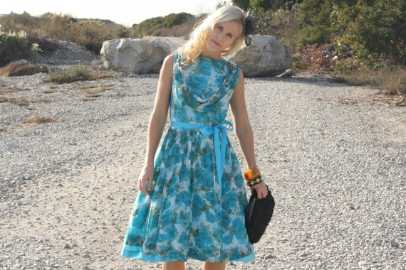 Vintage 50s Dress / 1950s Party Dress / Turquoise Floral Party Dress w/ Pleated Skirt L