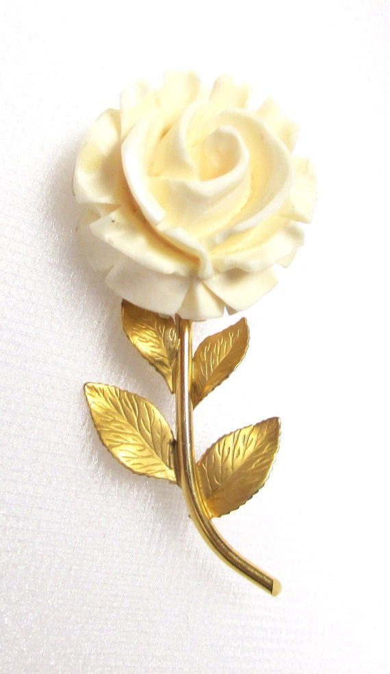 Vintage 12 K Gold Filled Ox Bone Flower Brooch, Karen Lynne by Rothman 12K Gold Filled Ivory Flower Brooch