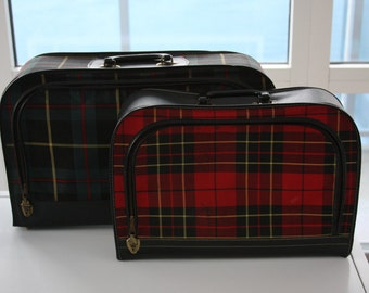 SALE! 25%OFF original price.. Mad For Plaid Nesting Suitcase Set