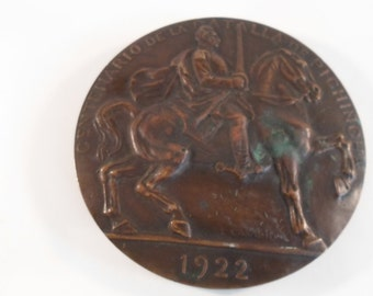 Vintage 1922 Historical Metal  Large Heavy Art Deco  Bronze Commemorative  Battle with Man on Horseback Military Figure Disk